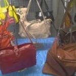 destockage palettes de sacs à main